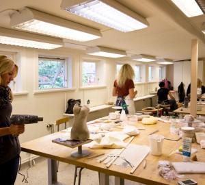 Konst & formgivningslinjens keramikverkstad, bild 3