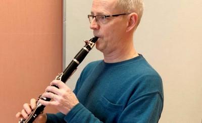 Janne Lundquist undervisar i klarinett