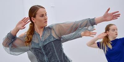 Signe Willmarsson gick på Kävesta danslinje 2016 - 2017