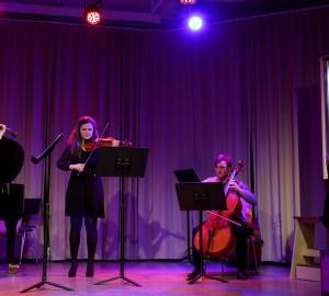 Deltagare på fiol, cello och orgel.