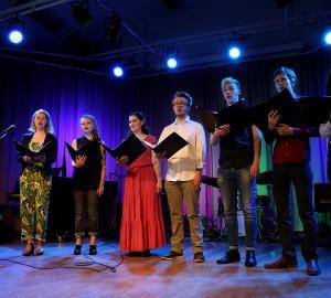 En sju personer stark vokalensemble