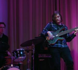 Basist och trummis.