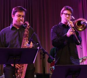 En saxofonist och en trombonist